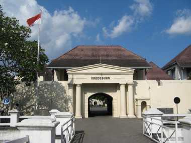 Serunya Wisata Sejarah di Benteng Vredeburg