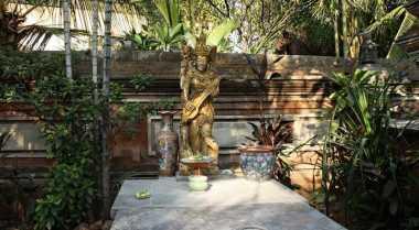 Arca Paling Sakral di Pura Rawamangun