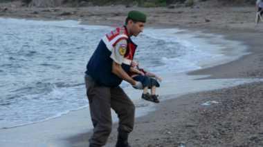 Foto Bocah Suriah yang Meninggal Membuat Dunia Murka