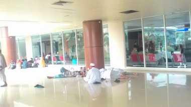 Aktivitas Penerbangan di Sultan Syarif Kasim Masih Kacau