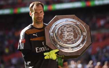 Cuma Datangkan Cech, Wenger Memalukan
