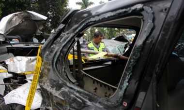Massa Salah Sasaran, Mobil Dinas PU Dirusak
