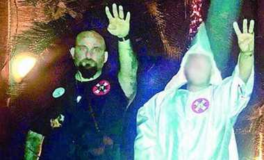 Polisi AS Dipecat Akibat Hormat ala Nazi