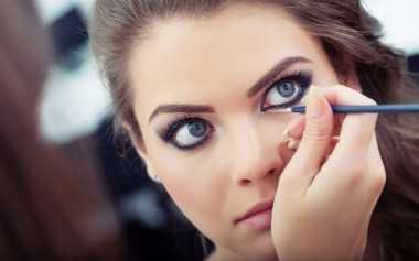 Inneke Koesherawati Tak Percaya Diri Tanpa Make Up