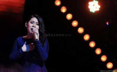 Tangis Clarisa 'X Factor' Dengar Saran Ayah