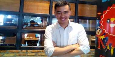 Dennis Adhiswara Tak Sabar Adu Akting Dengan Dian Sastro