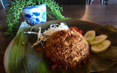 Intip Chef Marco Membuat Nasi Goreng Rendang