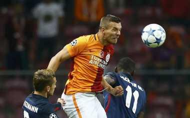 Podolski Frustasi di Galatasaray