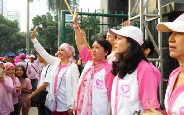 7.500 Orang Peduli Kanker ''Sulap'' Jakarta Jadi Pink