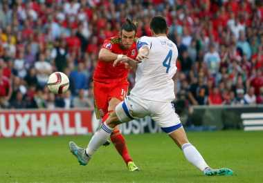 Bale Kembali Raih Penghargaan Pemain Terbaik Tahun Ini