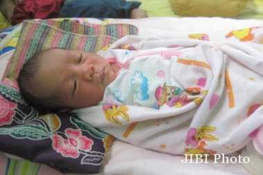 Ini Isi Surat Sang Ibu Tinggalkan Bayi di Halaman