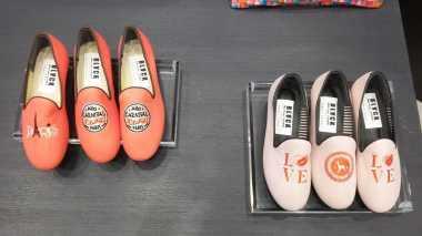Sepatu dan Tas Unik Khas Korea Hadir di Indonesia