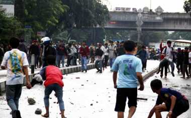 Tawuran Pelajar Pecah di Dekat Stadion Merpati Depok