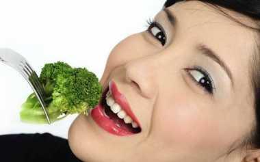 Berikut Makanan yang Memperkuat Kuku Anda