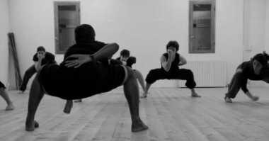 Turunkan Berat Badan dengan Kalari Yoga