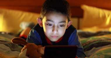 Trik Hentikan Anak Main Video Game Kekerasan