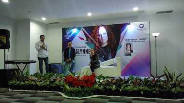 Jess Glynne Sapa Fans di Jakarta