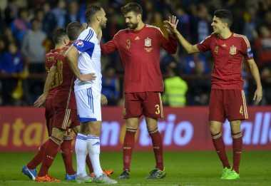 "Pique ""Capek"" Disiuli Fans Spanyol"