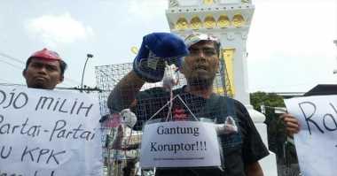 Demo Revisi UU KPK, Aktivis Gelar Aksi Jalan Mundur