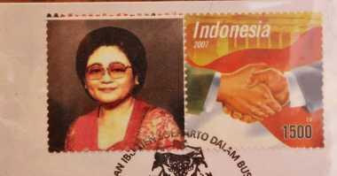 Di Balik Kisah Prangko Tien Soeharto