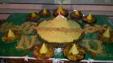 Nasi Tumpeng Satu Kwintal Awali Perayaan HSN di Jember