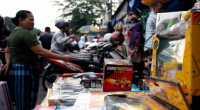 Solusi Agar Pedagang Tradisional Tak Digilas Indomaret dan Alfamart