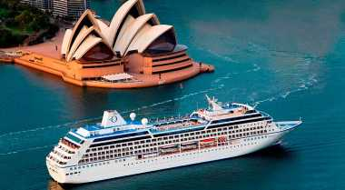 Keuntungan Indonesia Permudah Izin Cruise Asing