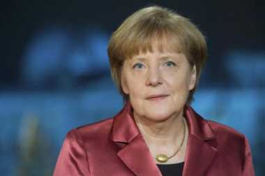 Merkel: Jatuhnya Pesawat Rusia Persulit Solusi Damai Suriah