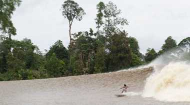 Indonesia Miliki Ombak di Sungai