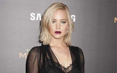 Jennifer Lawrence Pakai Baju Sama dalam Sepekan