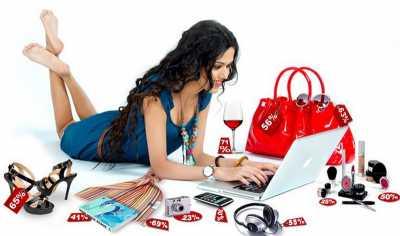 Pengalaman Luna Maya saat Belanja Online