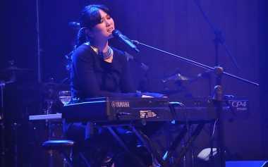 "Isyana Sarasvati Suguhkan Opera Mewah dalam Peluncuran Album ""Explore!"""