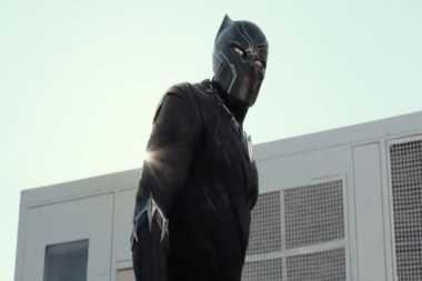 Black Panther Debut di Trailer Captain America: Civil War