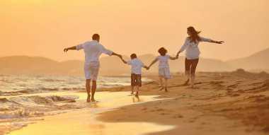 Liburan, Donny Alamsyah Curhat dengan Keluarga
