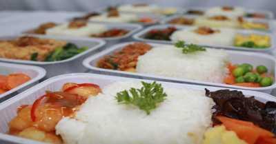 Siasat agar Makanan di Pesawat Terasa Lezat