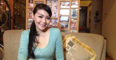 Tessa Kaunang Berencana Jenguk Sandy Tumiwa