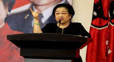 "Megawati Beri Karangan Bunga ke Bintang ""Bangun Majapahit"""