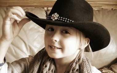 Gadis Delapan Tahun Ini Pengidap Kanker Payudara Termuda
