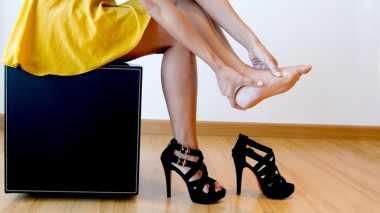 Bahaya yang Mengintai Ketika Memakai High Heels