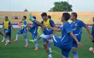 Maung Bandung Tanpa Beban Hadapi PBFC