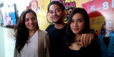 "GAC ""Paksa"" Isyana Nyanyi Bareng di Monkey Lada Fest"