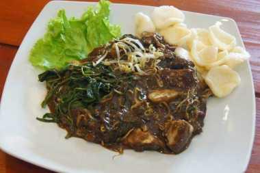 50 Kuliner Khas Jawa Timur Meriahkan HUT Koran Sindo