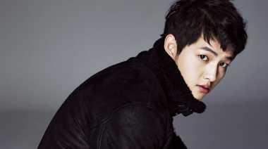 Cedera Song Joong Ki Lebih Parah dari Perkiraan