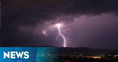 Bogor Diterjang Hujan Deras & Angin Kencang