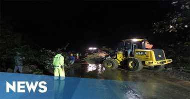Tebing Jalan Lintas Medan-Brastagi Longsor, Satu Motor Tertimpa