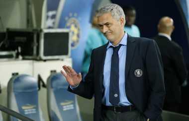 Mourinho Sebut Drogba Cari Sensasi