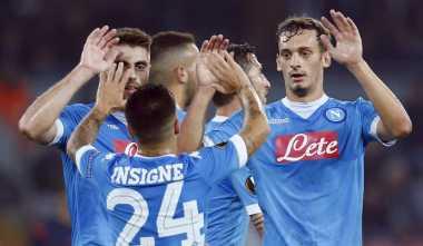 Lini Belakang Buktikan Napoli Bisa Juara