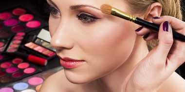 Ladies, Perhatikan Langkah Sebelum dan Sesudah Make-Up
