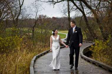 Dekorasi Pernikahan Paling Cocok saat Musim Hujan