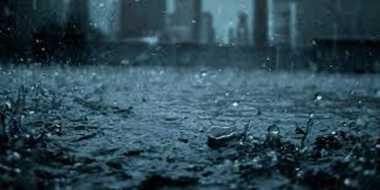 Hujan Reda, Genangan Air Hiasi Jalan di Jakarta